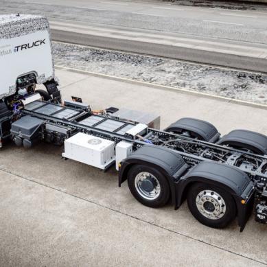 Ensimmäinen täysin sähköinen kuorma-auto