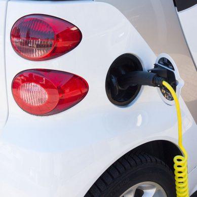 Kaasu- ja sähköautot eivät poissulje toisiaan