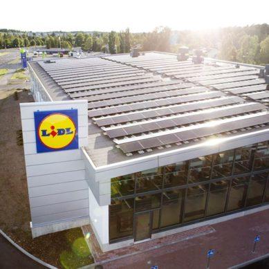 Lidl varustaa uuden myymälänsä Turussa aurinkoenergialla