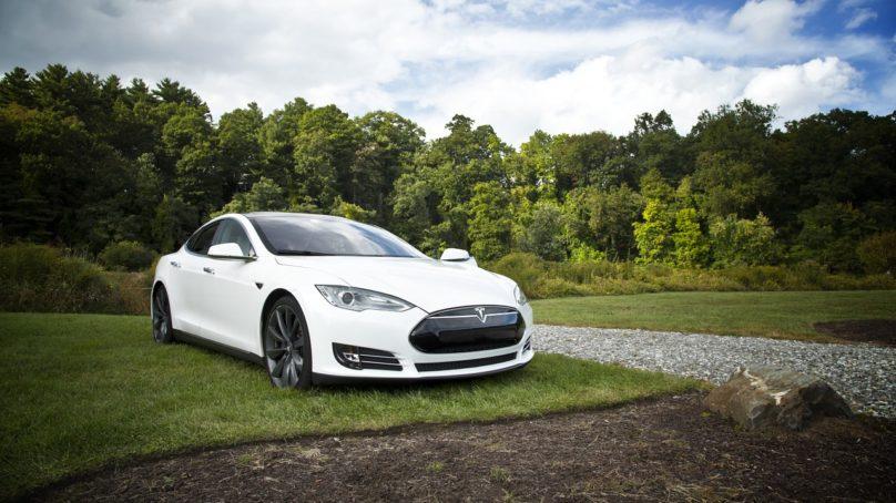 Kaatuuko sähköautoilu infrastruktuurin puutteisiin?