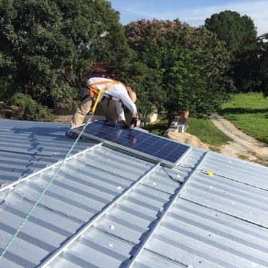 Saadaanko aurinkosähkön pientuotannolle tuntinetotus?