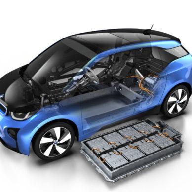 Vattenfall hankkii tuulivoimaloiden energiavarastoiksi BMW-akustoja