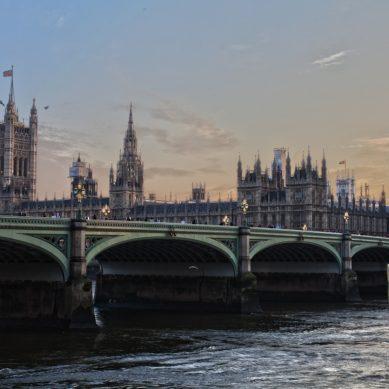 Brittien CO2-päästöt putosivat 1800-luvun lopun tasolle