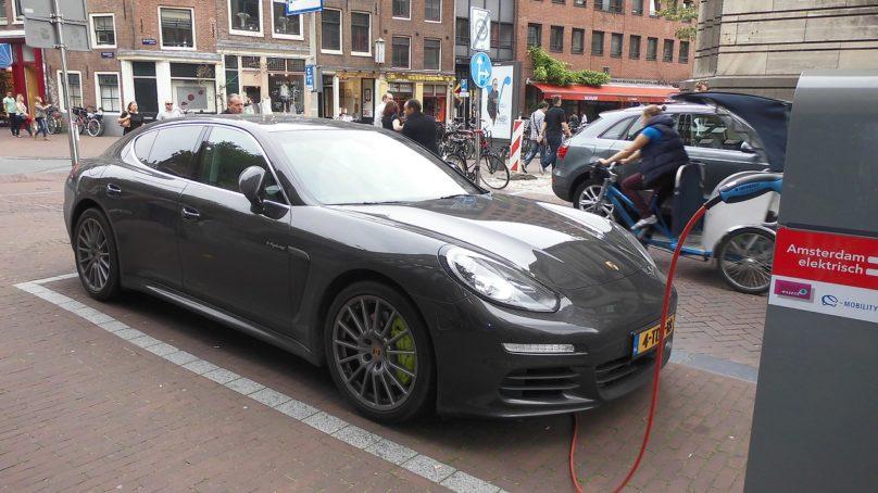 Motivalta sähköauton ostajan ABC-opas