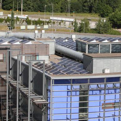 Yliopistot rakentavat lisää aurinkosähköä